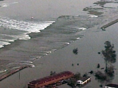 VIDEO: Army Corps of Engineers Faulted During Hurricane