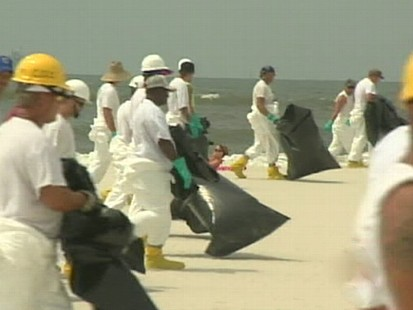 VIDEO: BP has great control over cleanup efforts and the distribution of information.