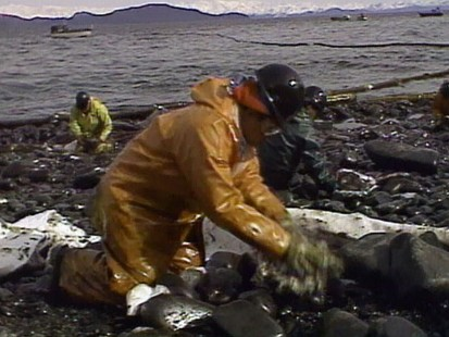 VIDEO:Oil and Water Don?t Mix; Valdez and the Gulf
