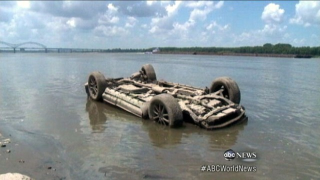 VIDEO: Nearly 100 boats left stranded in massive drought conditions.