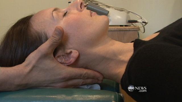 VIDEO: New study favors alternative medicine over doctors prescription for pain.