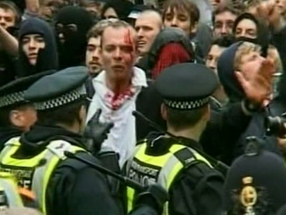 VIDEO: protests in London
