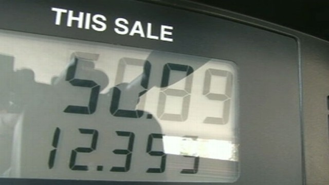 VIDEO: With gas prices high, drivers look for ways to save this holiday weekend.
