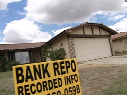 VIDEO: Unemployment fuels foreclosure crisis