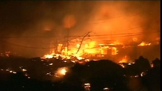 VIDEO: Elizabeth Vargas follows a community devastated by 9-hour blaze.