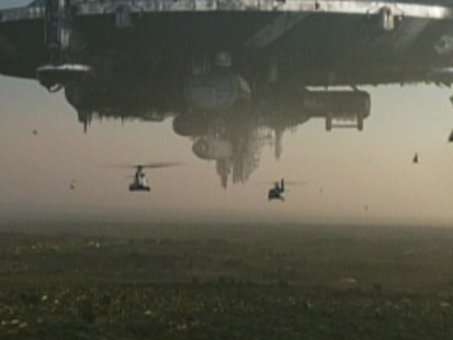 VIDEO: District 9 Movie Review