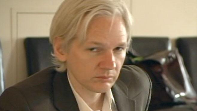 VIDEO: Wikileaks Julien Assange Ready to Turn Himself In