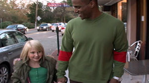 PHOTO What would you do if you saw a black dad and his white daughter being harassed?