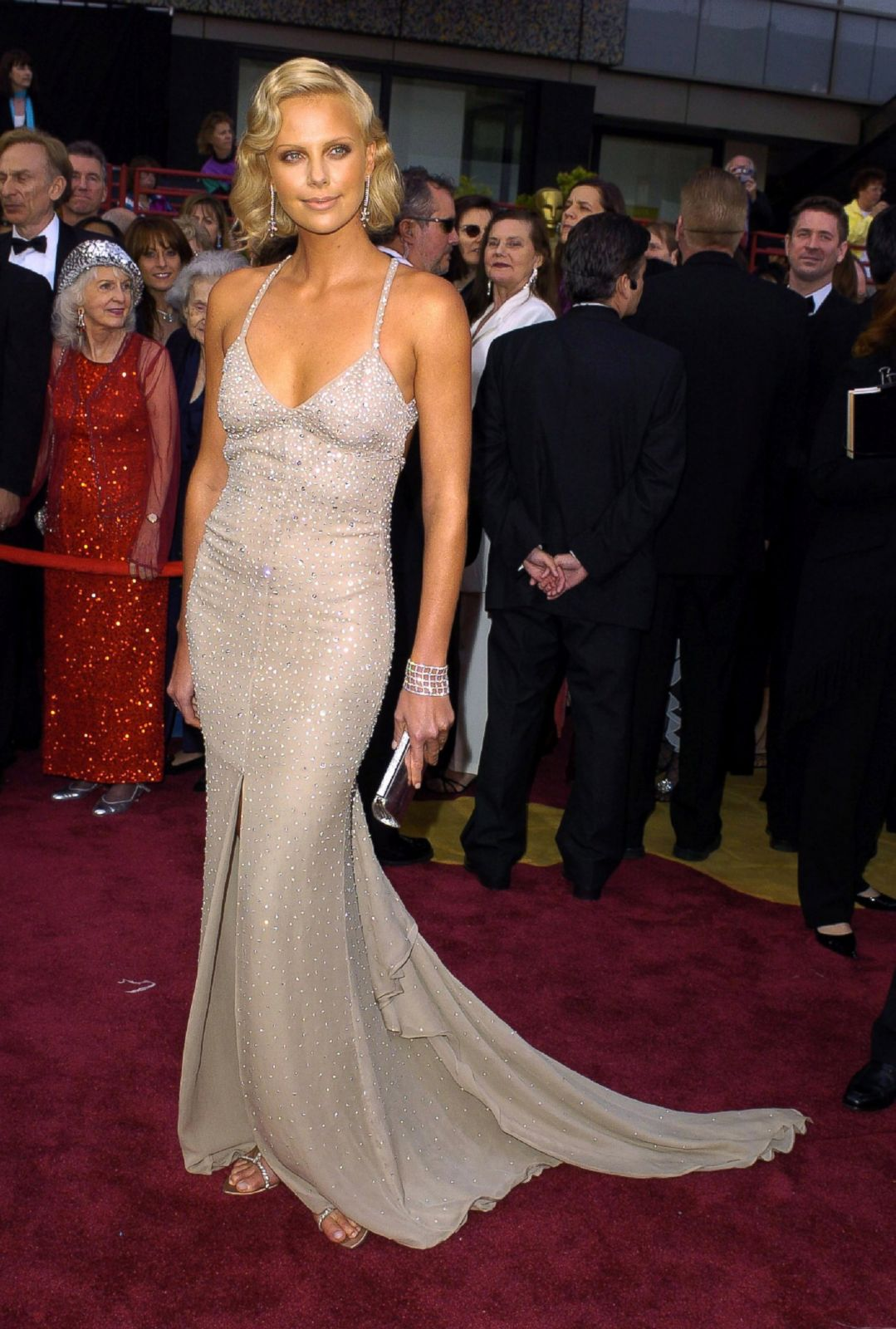 Charlize Theron in Gucci Picture | Best Oscar Dresses ...