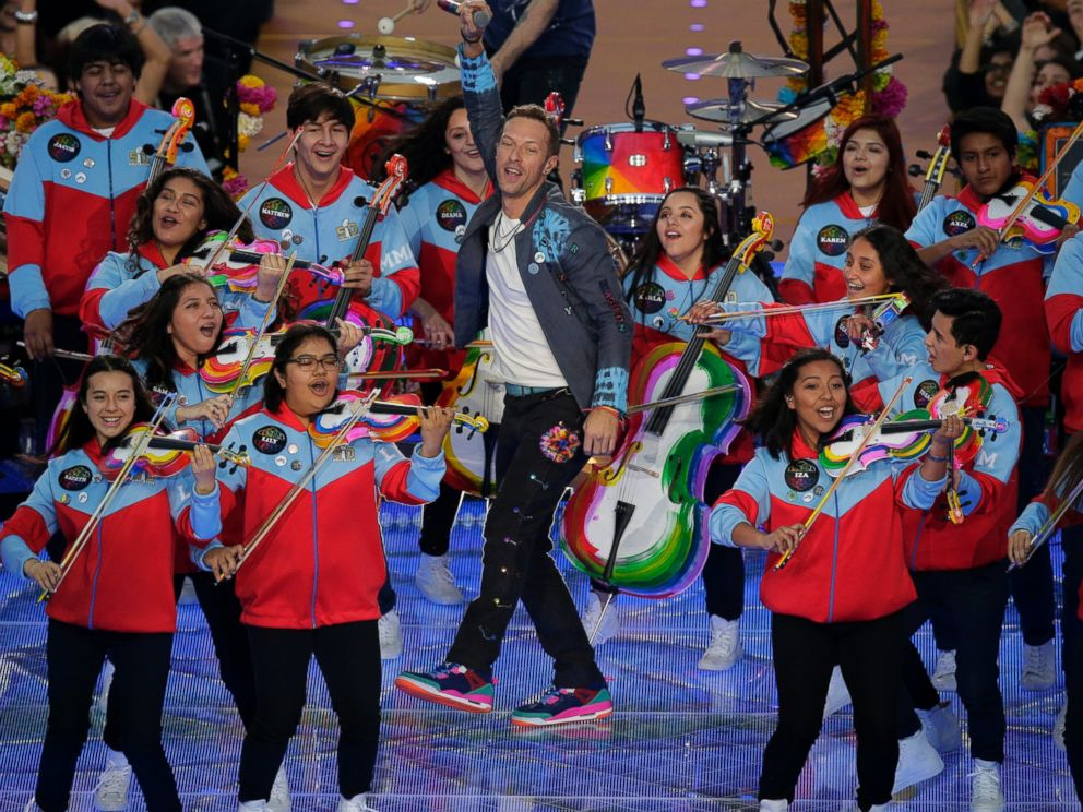 Super Bowl 50: Coldplay Rocks Colorful Halftime Show With ...