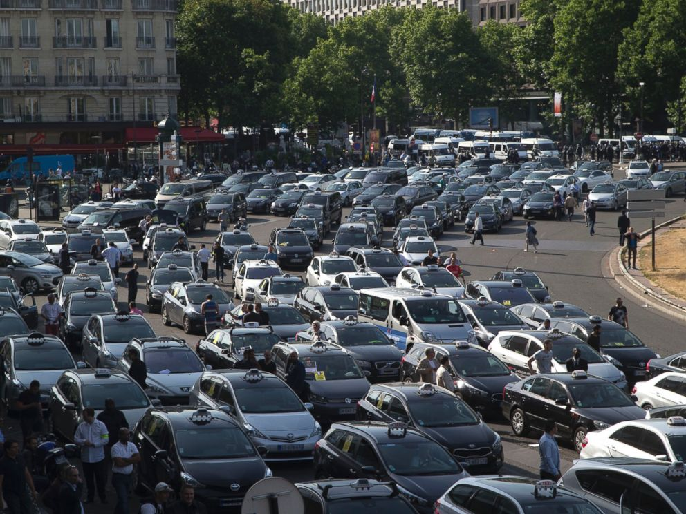 When Does Uber Pay >> UberPop Banned in Paris Amid Taxi Driver Protests at Airports - ABC News