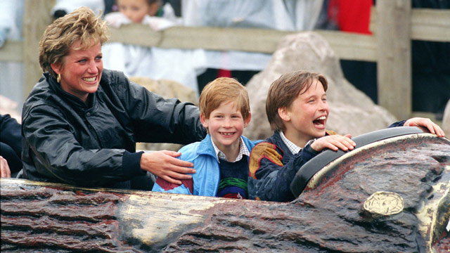 gty_princess_diana_prince_william_prince_harry_jt_130523_wmain.jpg