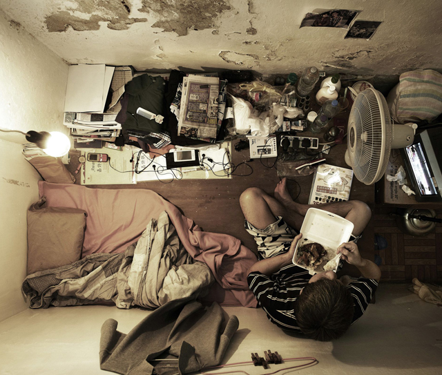 Hong Kong Apartments: Shocking Photos Of Cramped Hong Kong Apartments