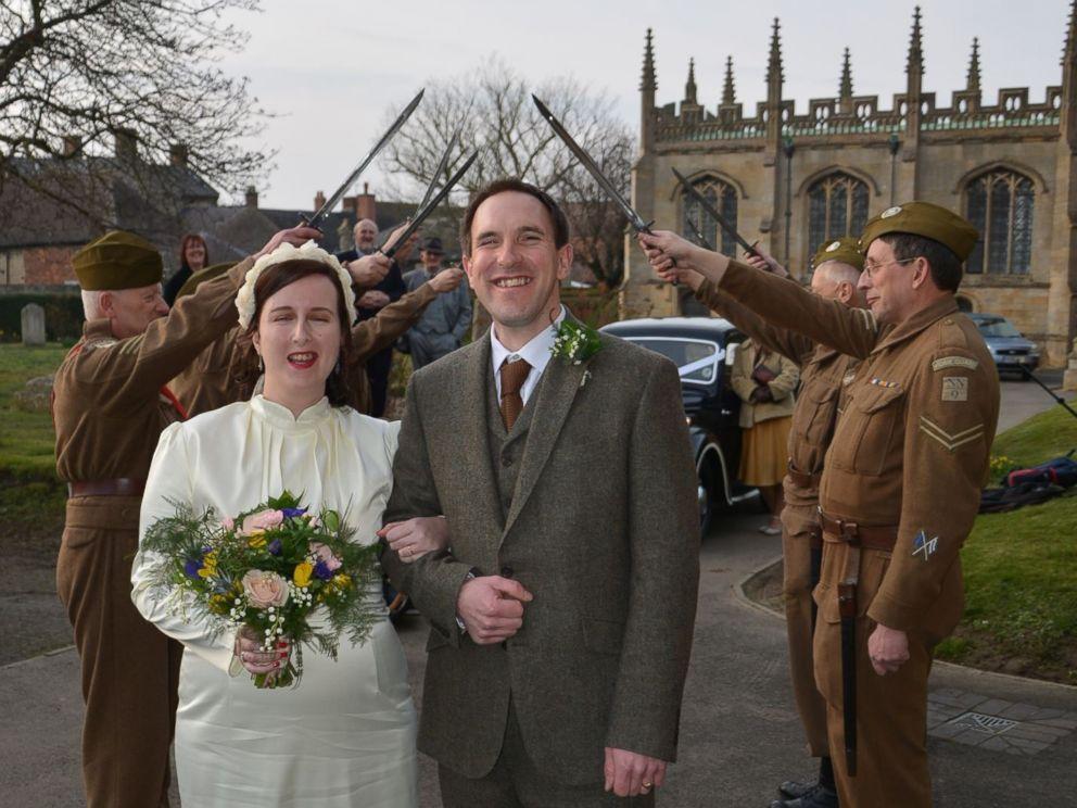 1940 Wedding Ideas: British Couple Has 1940s-Themed Wedding And Takes Fabulous