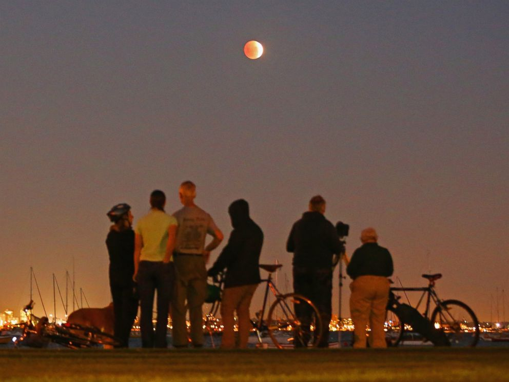 red moon 2018 melbourne - photo #42