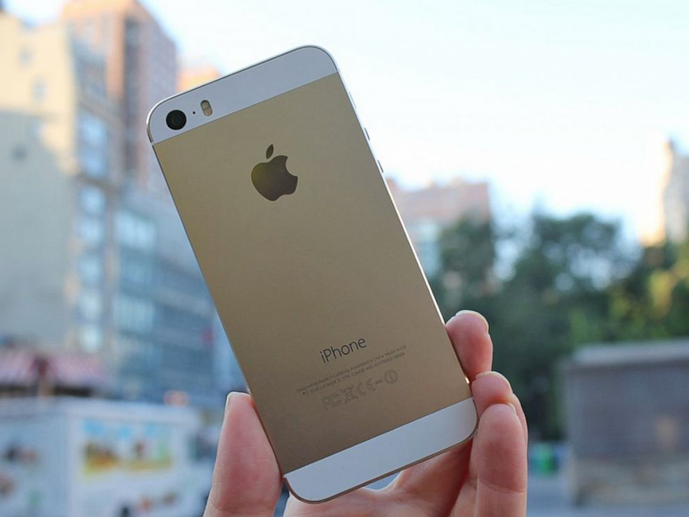 iphone 5s gold iphone 5s review a great phone with some more forward 11201