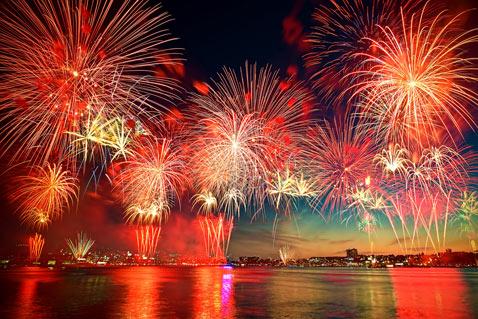 gty_new_york_fireworks_thg_120628_wblog.